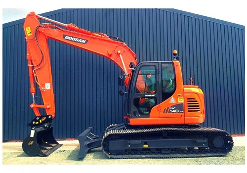 New Doosan DX140LCR Added To The Fleet!